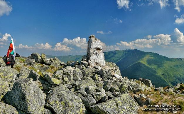 Пирамидата на Обов връх и Миджур